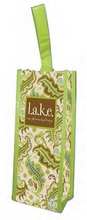 WB127 - <strong>l.a.k.e. Greenie Wine Clutch</strong>